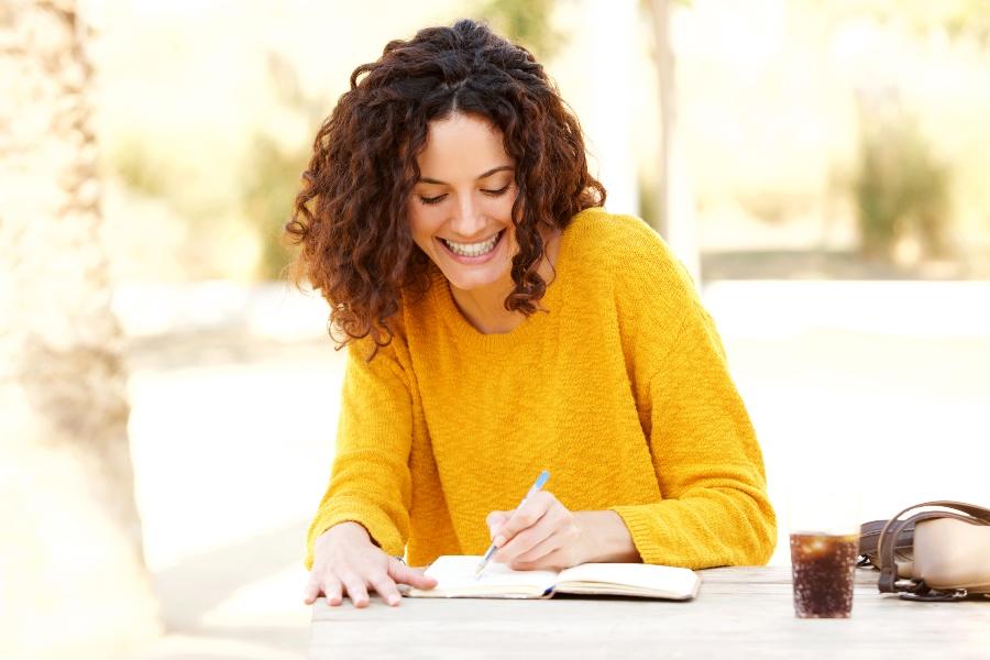 Wer Tagebuch schreibt, ist gluecklicher tagebuch-schreiben
