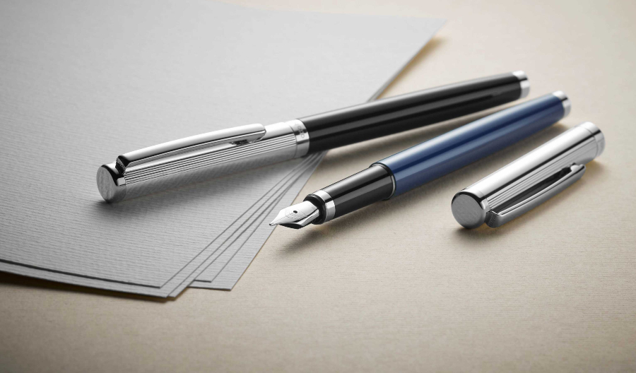 Otto Hutt Entwurf 01 Füllhalter Streifen Guilloche Blau - Freude machen durch Füller verschenken
