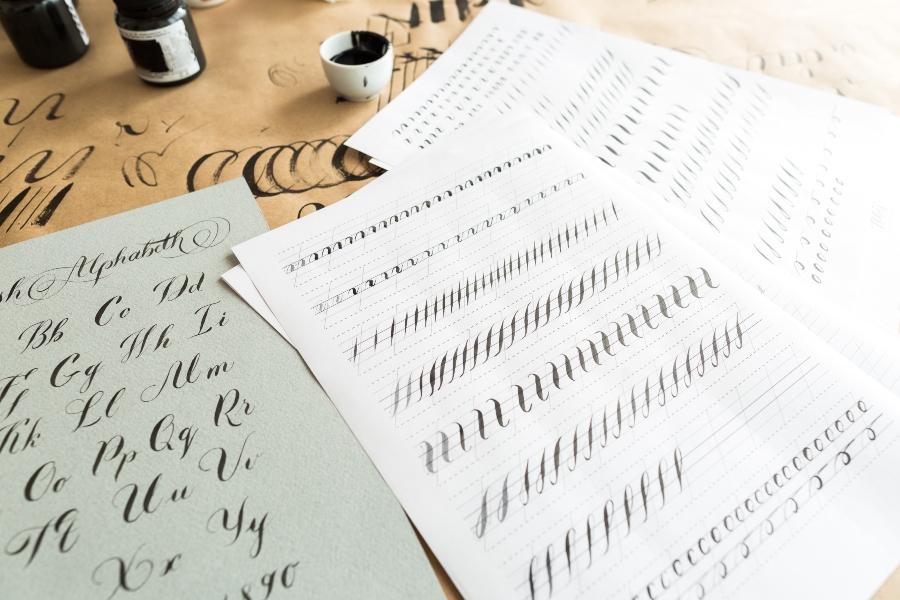 hilfslinien-kalligrafie